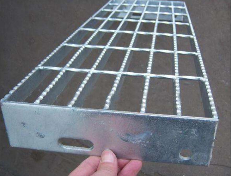 钢梯踏步板A丰润钢梯踏步板A钢梯踏步板生产订做