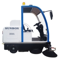 圣倍諾1800A電動清掃車駕駛式掃地機