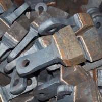 定制破碎机高锰钢耐磨锤头 高锰钢甩锤 高铬合金锤头衬鄂