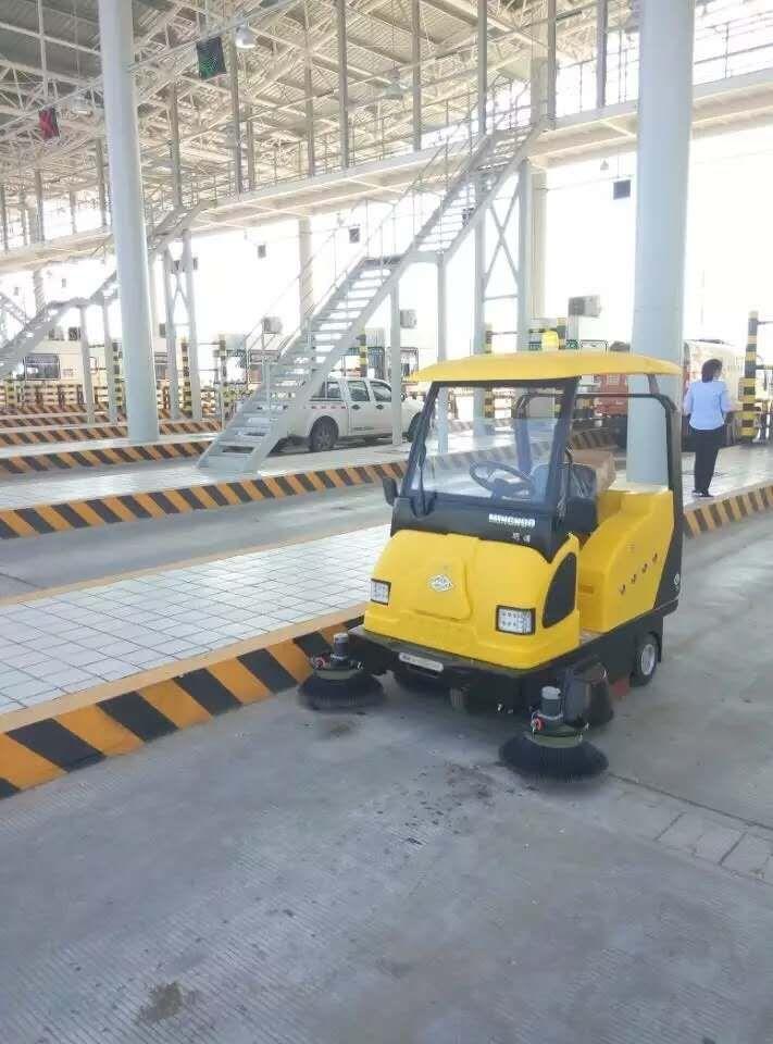 重庆工厂车间驾驶式扫地机