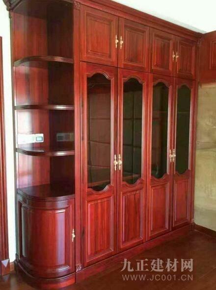 实木衣柜安装效果图欣赏