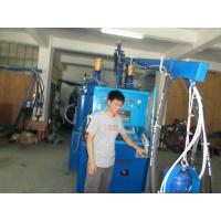 聚氨酯发泡机  自结皮凳子发泡机  方向盘发泡机