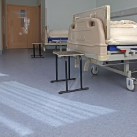2.0mm防滑,耐磨医院专用塑胶地板