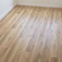 北欧灰色家用仿实木复古防水耐磨金刚板强化复合木地板12mm