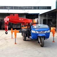 农村建筑三轮车吊车 双节出腿6吨吊机 全液压三轮车吊车型号