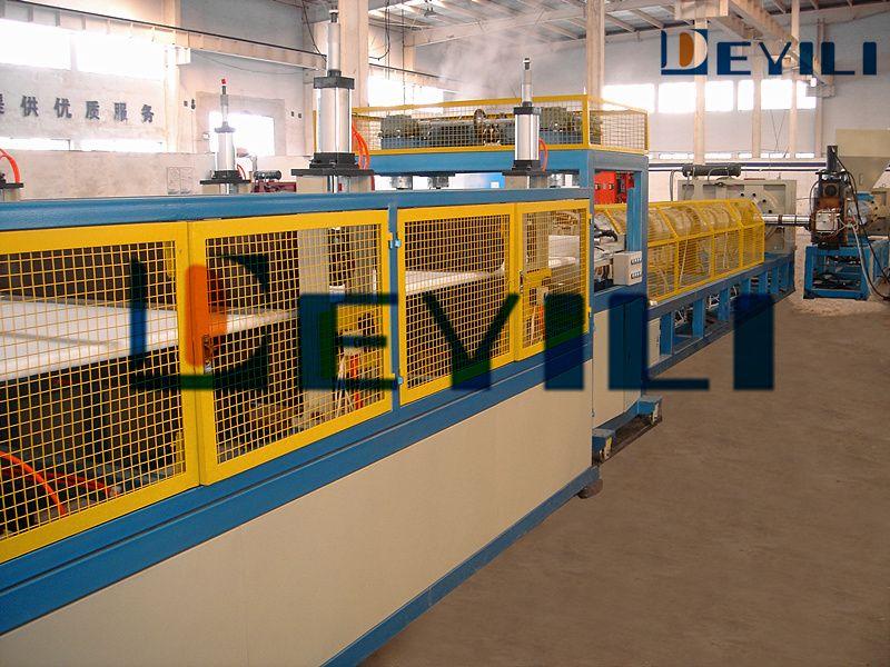 新科技-XPS挤塑板助发泡技术(年降成本100-200万元)