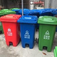 武汉不锈钢垃圾桶,武汉塑料垃圾桶,武汉分类果皮箱