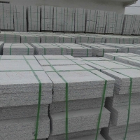 大量供应河南梨花白芝麻白大花工程板规格板成品建筑石材