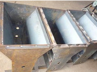 水泥隔离带模具-隔离带模具加工-方达模具品种齐全