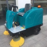 物美价廉驾驶式扫地机全自动垃圾扫地车