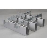 铝板单,蜂窝板,方通,方型吊顶。
