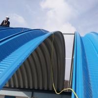 定制拱型钢屋面板 无梁拱棚610-700版型钢棚 杭州队