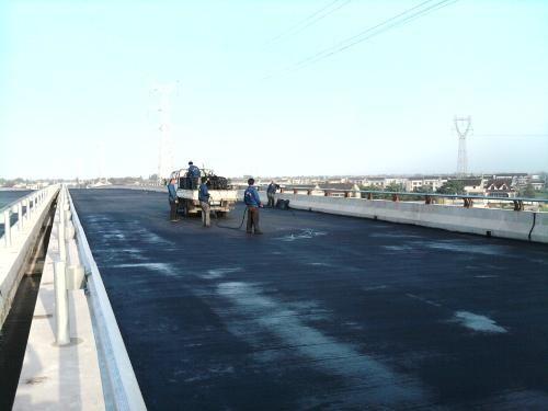 JBS桥面专用防水涂料公路桥涵喷涂施工要素