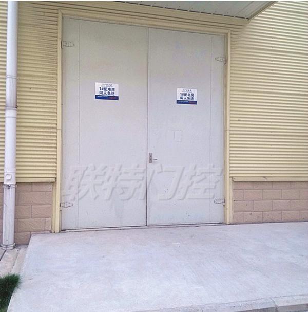 廠房隔聲大門,平開隔聲大門,鋼制隔聲大門