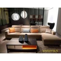 广州拉斐尔衣柜 配套皮质沙发也很搭   好看