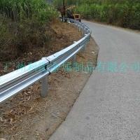 高速公路防撞波形梁鋼護欄包安裝施工