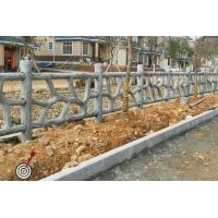 池塘混凝土仿藤条护栏图片,水泥栏杆仿树藤造型施工方法