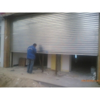嘉定区不锈钢卷帘门车库门安装生产 遥控器电机配件更换