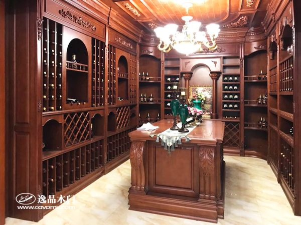 重庆逸品木门整装展示 酒柜