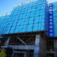 爬架防护钢网 建筑爬架钢板网 镀锌爬架网 新型挑架安全网
