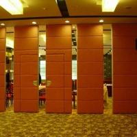 宝安宴会厅折叠伸缩门隔断厂家包安装移动屏风隔断墙