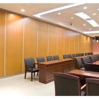 深圳坂田會議室折疊隔斷吊折門設計安裝