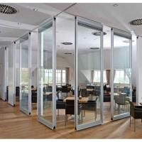 深圳会议室玻璃隔断吊轨推拉门设计
