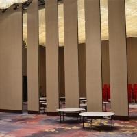 珠海宴会厅超高折叠隔断隔墙可折叠推拉屏风门厂家