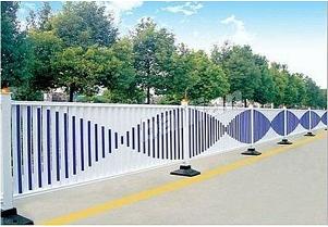 公路锌钢隔离防护栏A白水洋公路锌钢隔离防护栏厂家制造