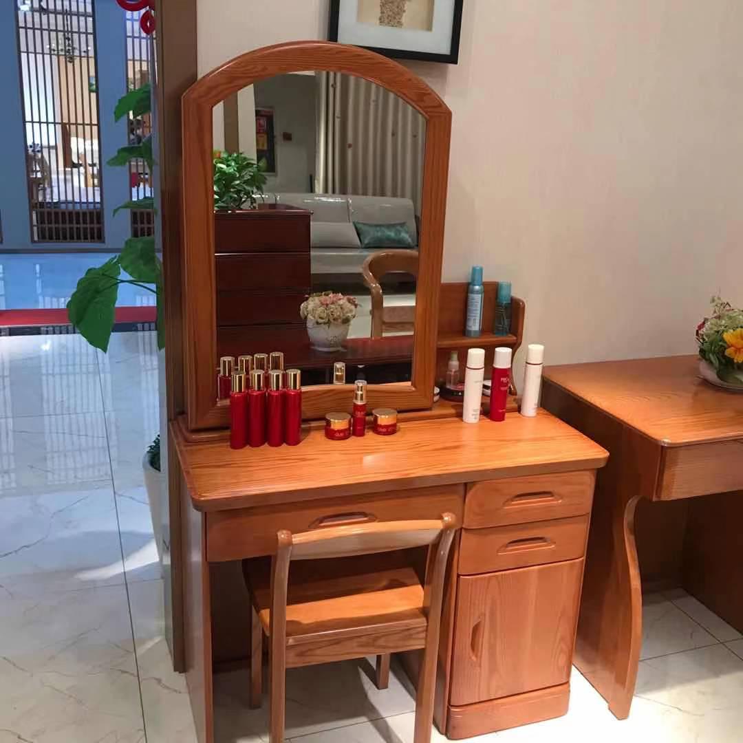 红橡梳妆台