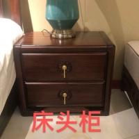 全实木床头柜