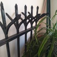 专业生产锌钢护栏,小院围墙栏 九正护栏