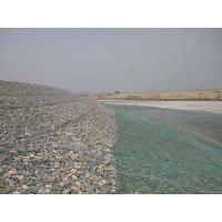 新疆河道修筑防止河床被冲刷加固雷诺护垫