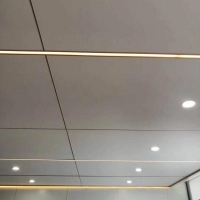 轻质隔墙板安装方法 木饰面墙板安装方法