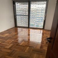 旧的实木地板打磨翻新做油漆抛光,广州及周边地板翻修