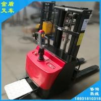金盾电动叉车结构简单 电池耐用