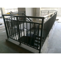 博智锌钢护栏-楼梯扶手