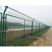 框架式护栏网丨火车道防护网丨小区防护防爬网