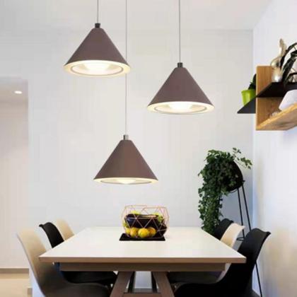 现代风格餐厅吊灯