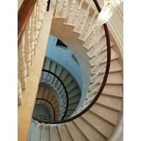 旋转式实木楼梯