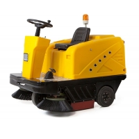明諾駕駛式掃地車 車庫小區物業用掃地車