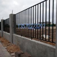 佛山卖垃圾场防护栏 江门水源�;で父� 热镀锌围栏价格