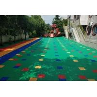 幼儿园悬浮地板安装_人造草坪_EPDM环保颗粒_真实用材、严
